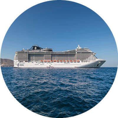 MSC Splendida auf dem Meer