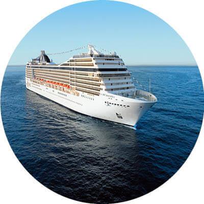 MSC Virtuosa auf dem Meer