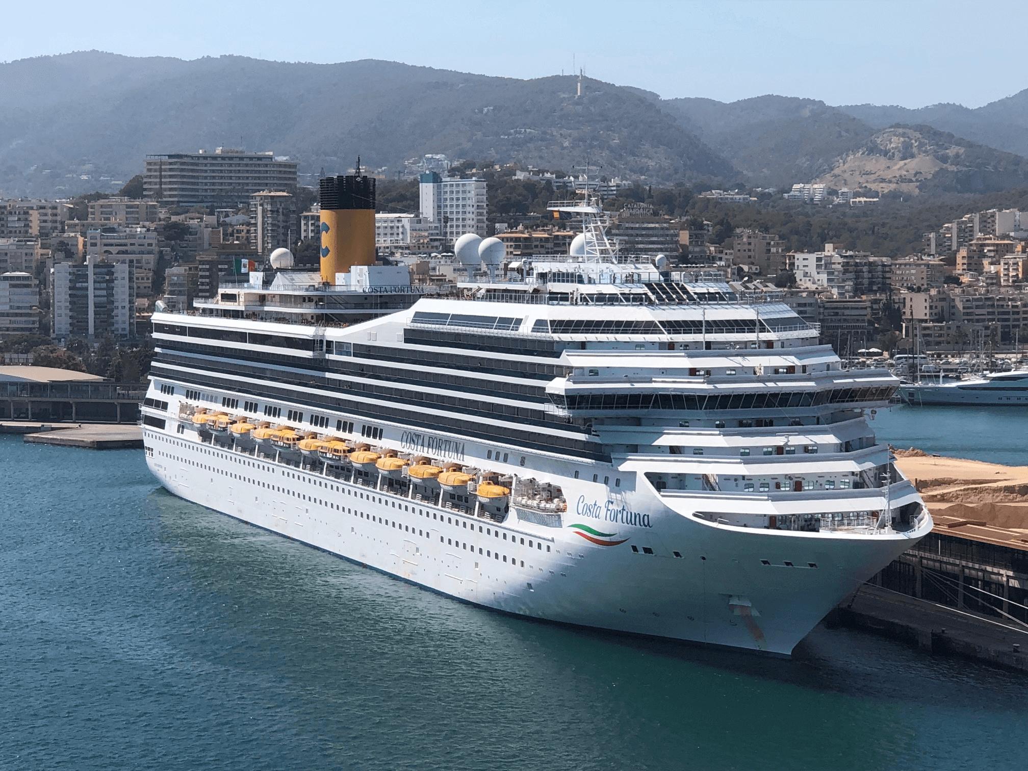 Costa Fortuna im Hafen von Palma de Mallorca