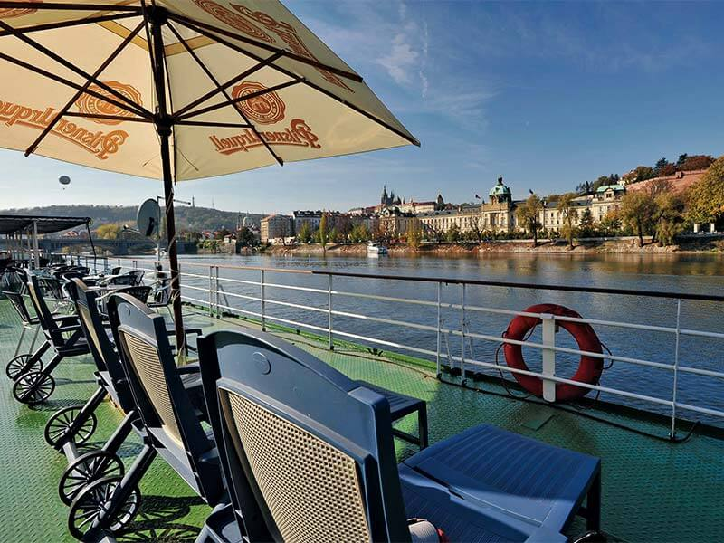 Reedereien Kreuzfahrten Nicko Cruises