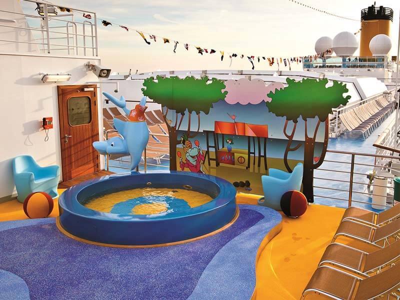 Familien Kreuzfahrten Costa Kreuzfahrten Spielplatz Pool