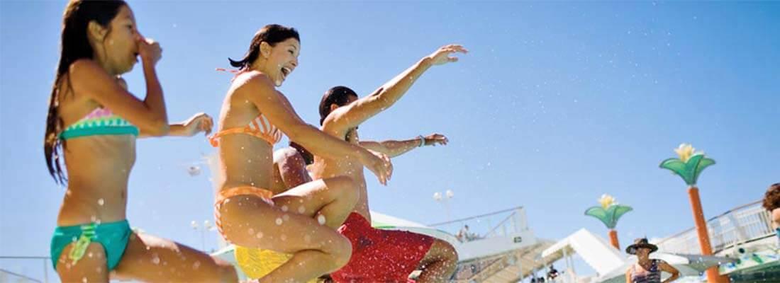 Kreuzfahrten NCL Norwegian Cruise Line Familien Fun Jump Pool