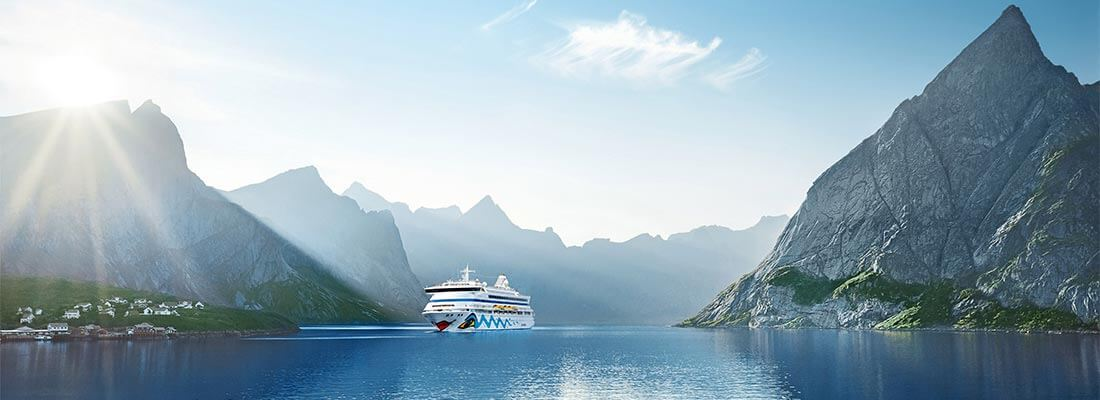 Kreuzfahrten Reedereien AIDAvita Fjord Norwegen