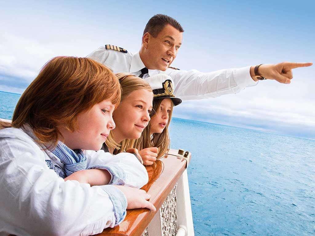 Familien Kreuzfahrten Hapag-Lloyd Cruises Kapitän Damschke