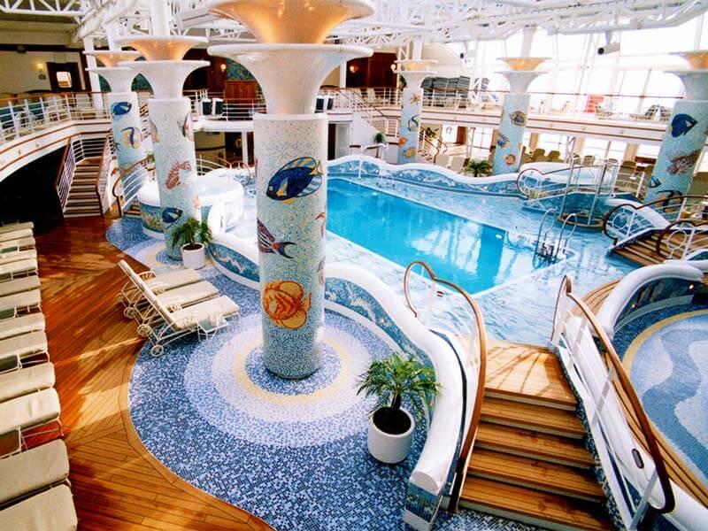 Familien Kreuzfahrten Princess Cruises Calypso Pool