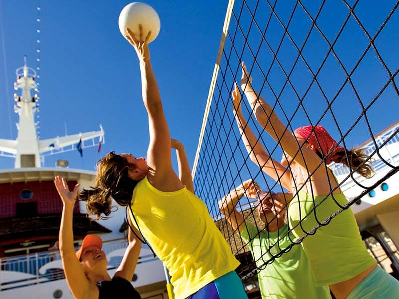 Kreuzfahrten Reedereien AIDA Sport Volleyball