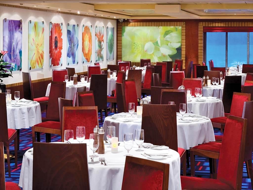Reedereien Kreuzfahrten Norwegian Cruise Line NCL Gem Restaurant Magenta