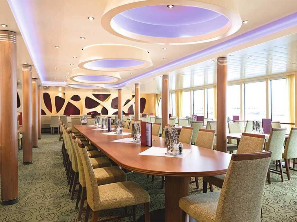Familien A-ROSA Flussfahrten Restaurant