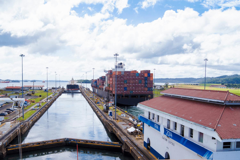 Panamakanal April 22